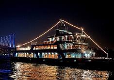 Evening walk along the Bosphorus on a yacht